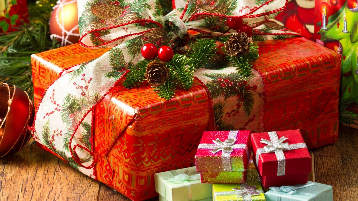 Новогодний подарок для мамы что подарить