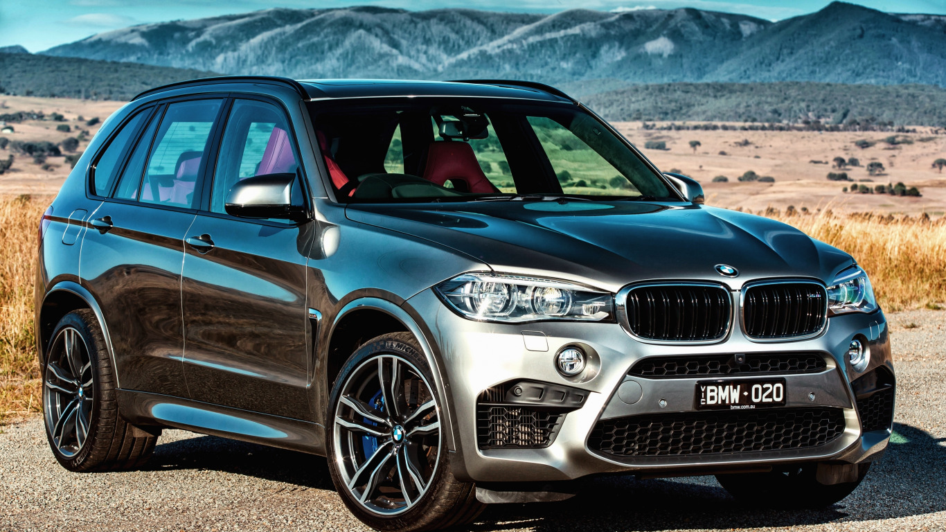 https://img3.goodfon.com/original/1366x768/7/e1/2015-bmw-x5-m-au-spec-f15-bmv.jpg
