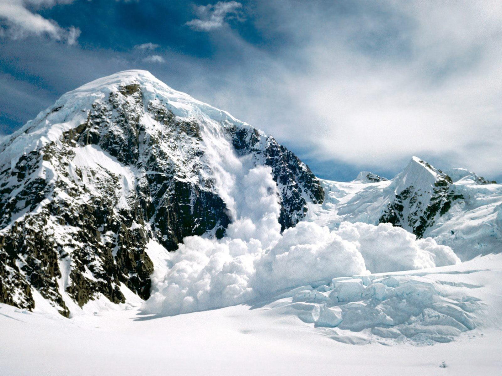 горы высота снег  № 385129 загрузить