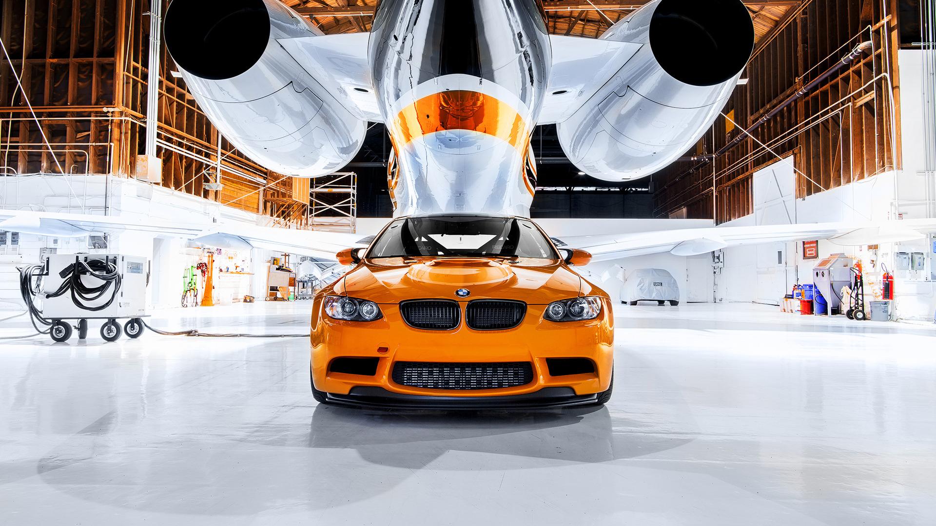 BMW в ангаре  № 960630 бесплатно