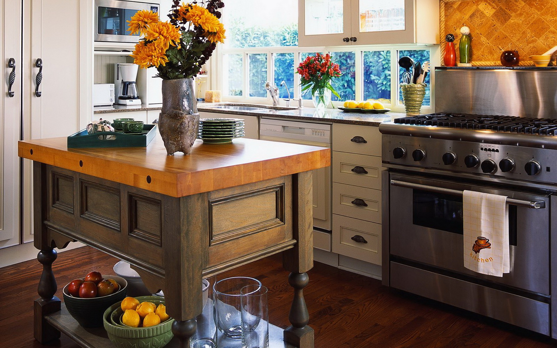 kitchen furniture and accessories