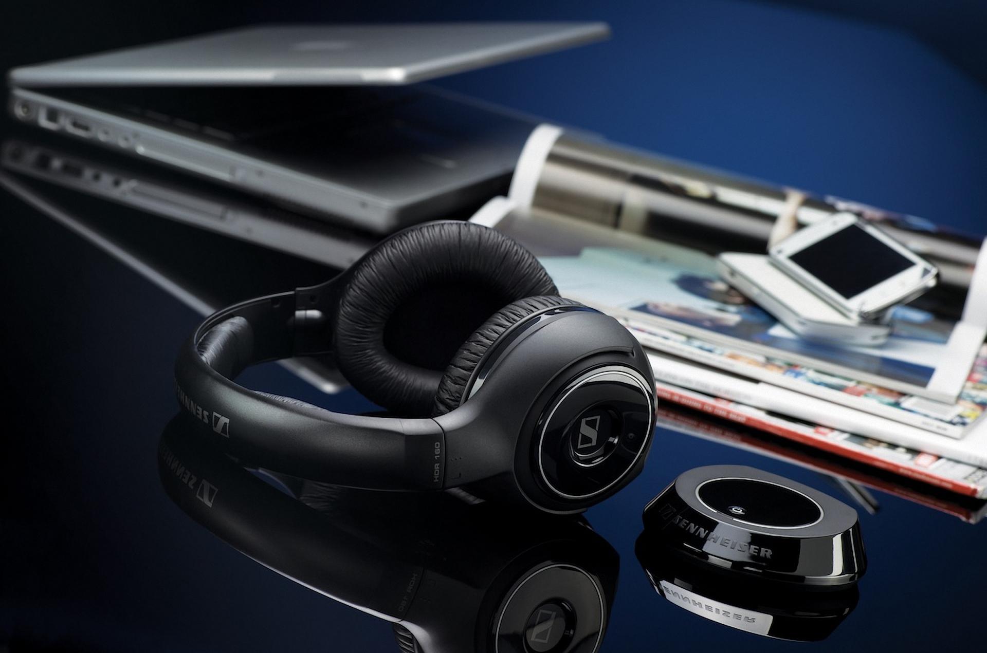 headphones music video - 1024×640