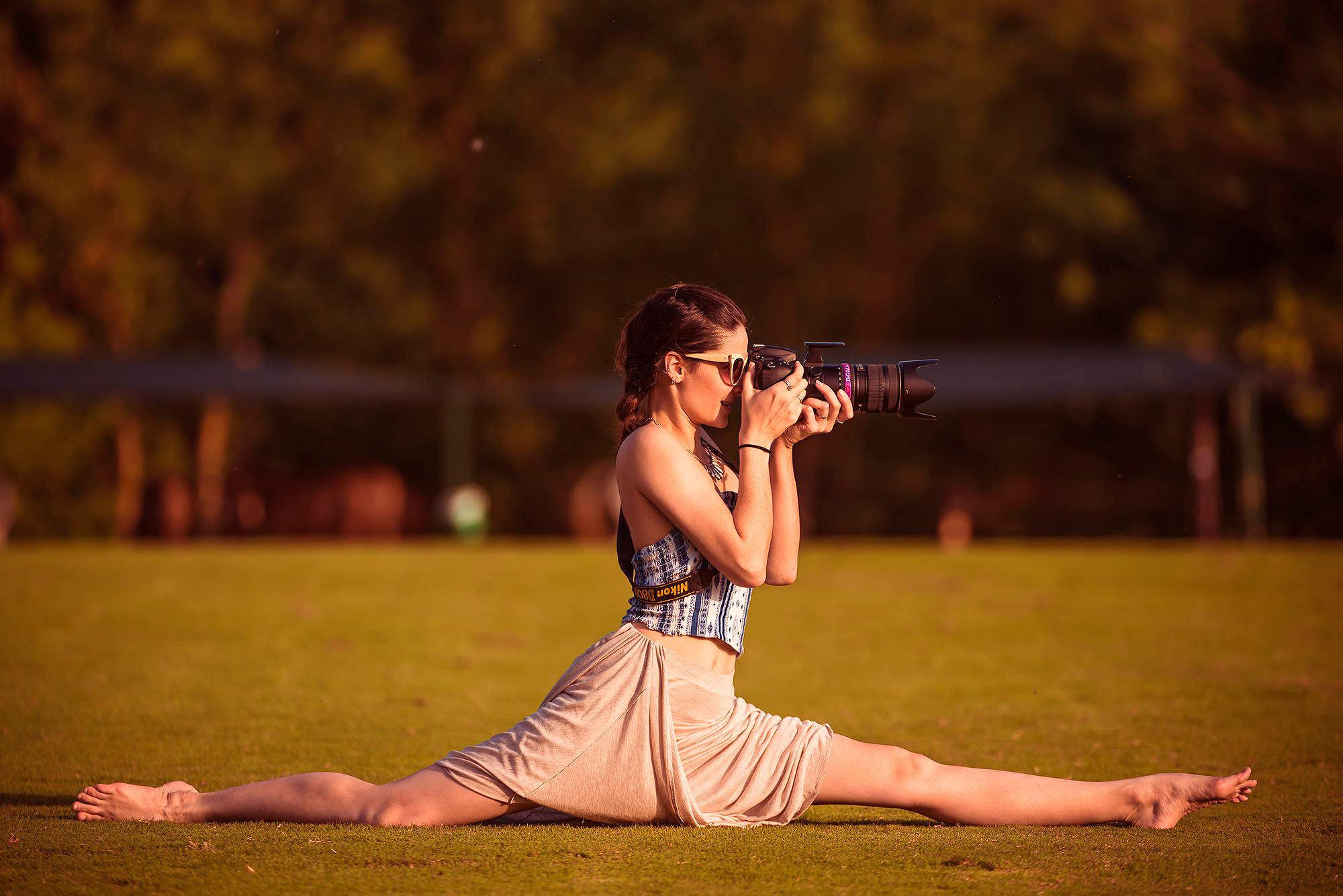 Девушка фотограф  № 524891  скачать