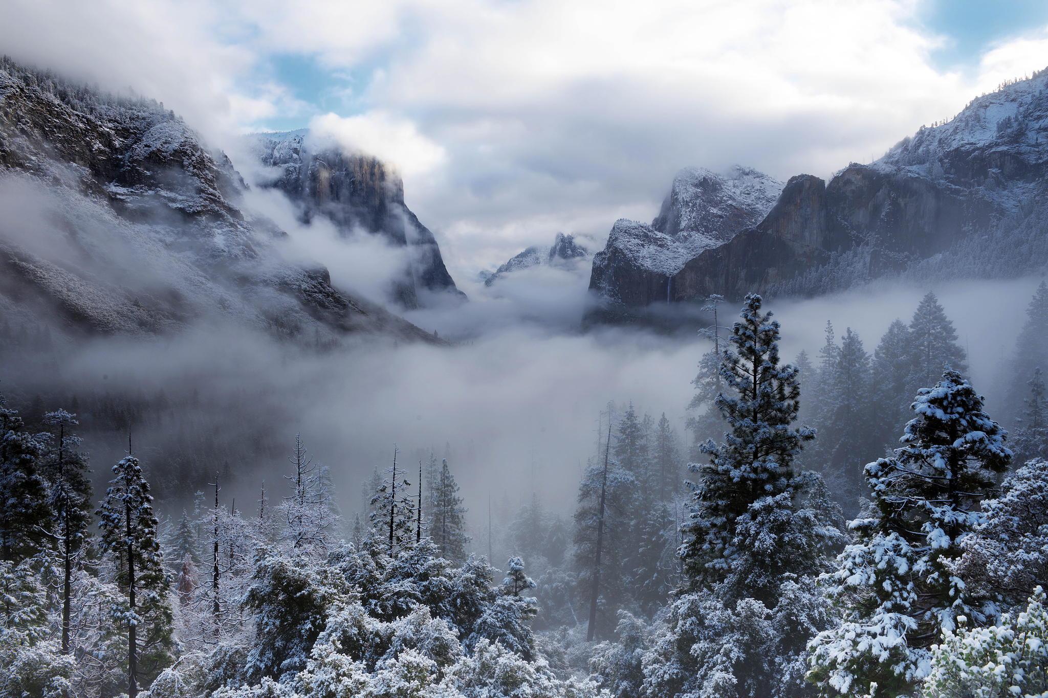 снег горы туман snow mountains fog  № 1146663 загрузить