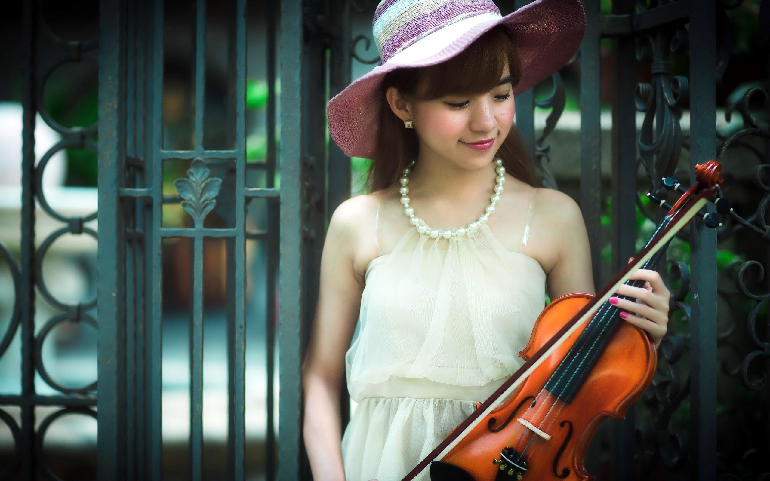 Девушка скрипка  № 707626 загрузить