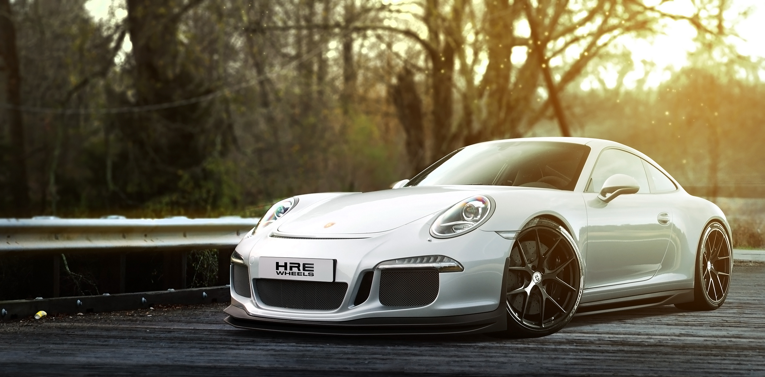 белый автомобиль спортивный porshe  № 637753 бесплатно