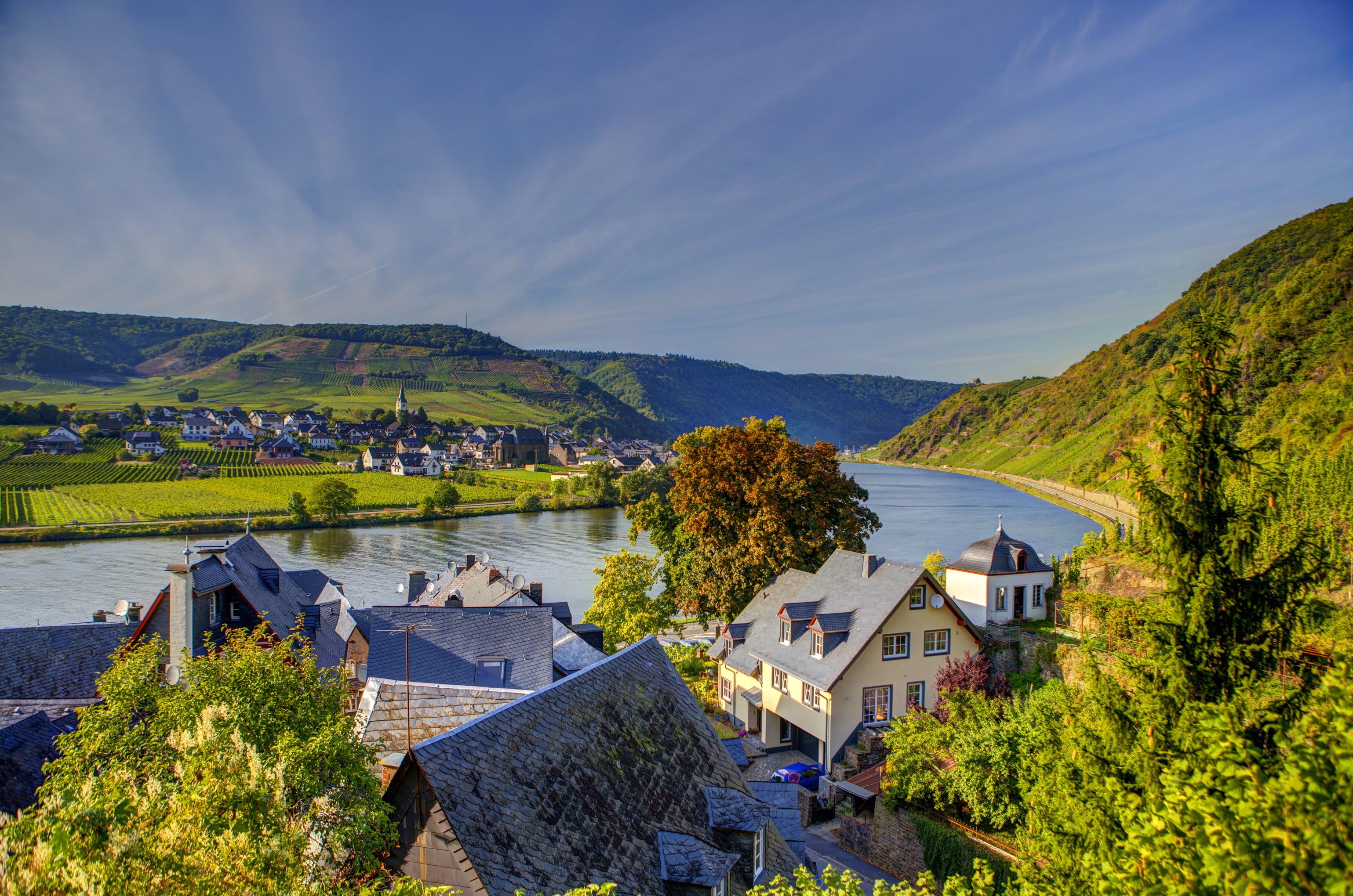 Lorch Village, Hesse, Rhine River, Germany  № 78253  скачать