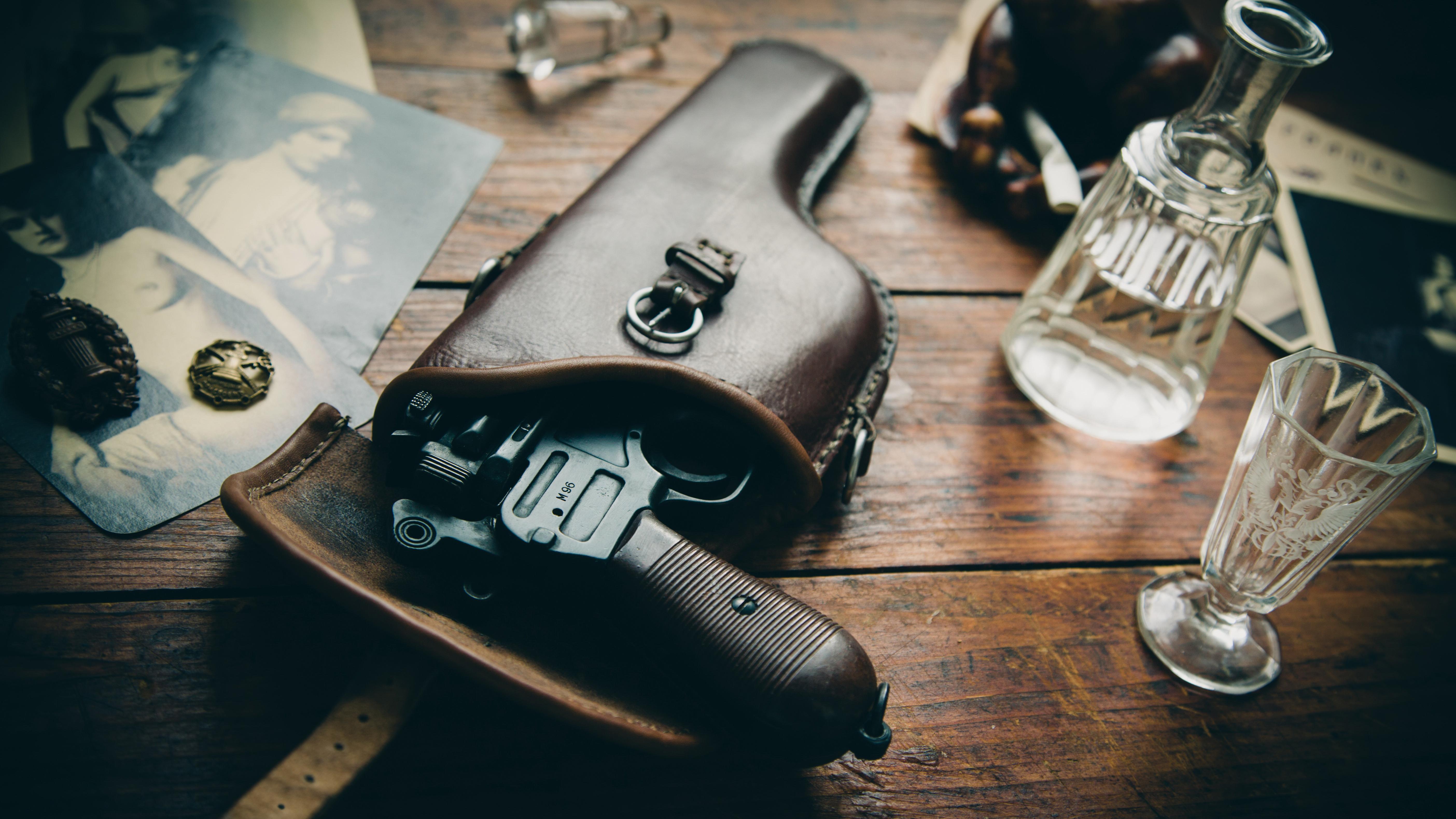Револьвер с виноградом  № 1624237 бесплатно