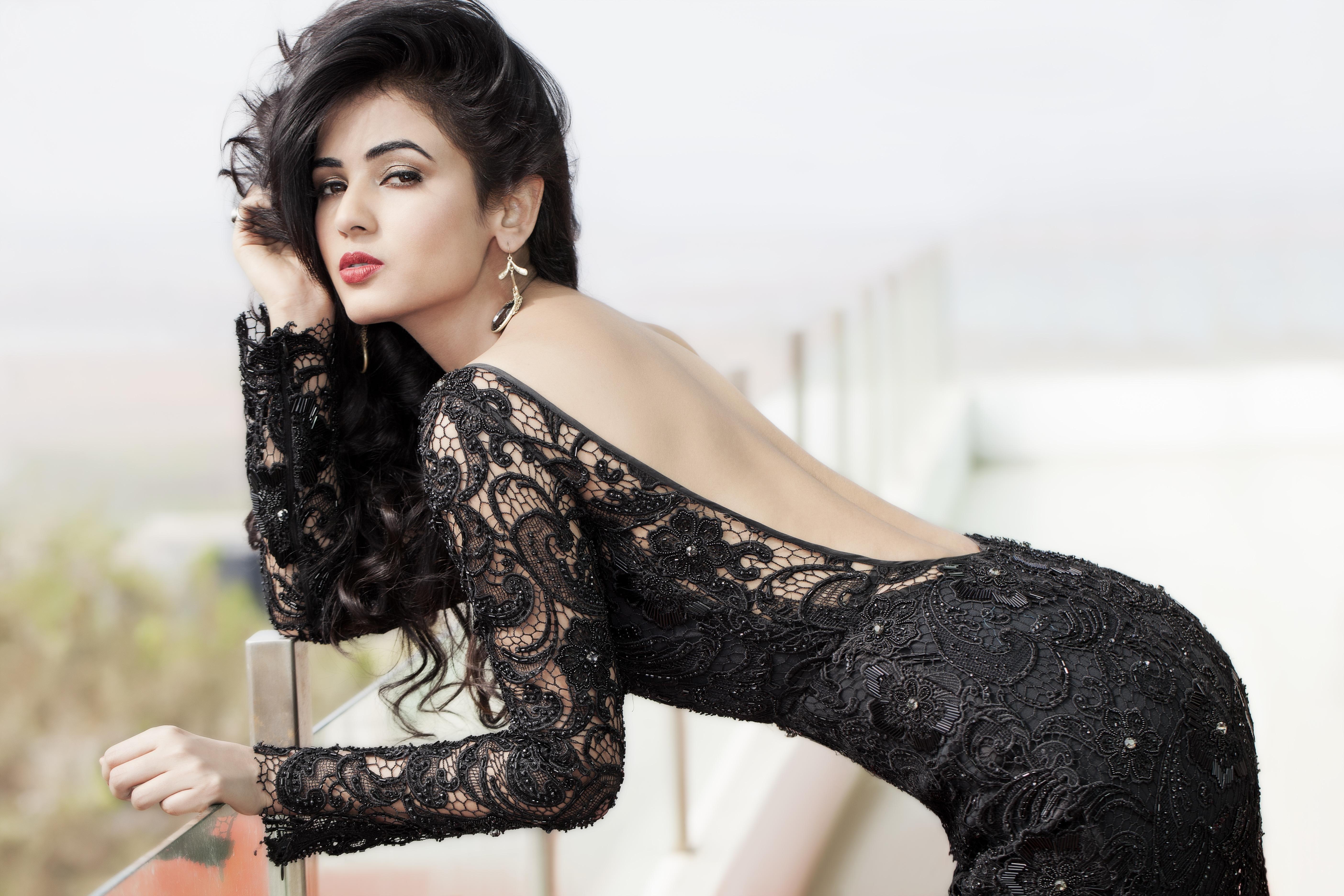 Download Wallpaper Girl Actress Beauty Girl Sexy Beautiful