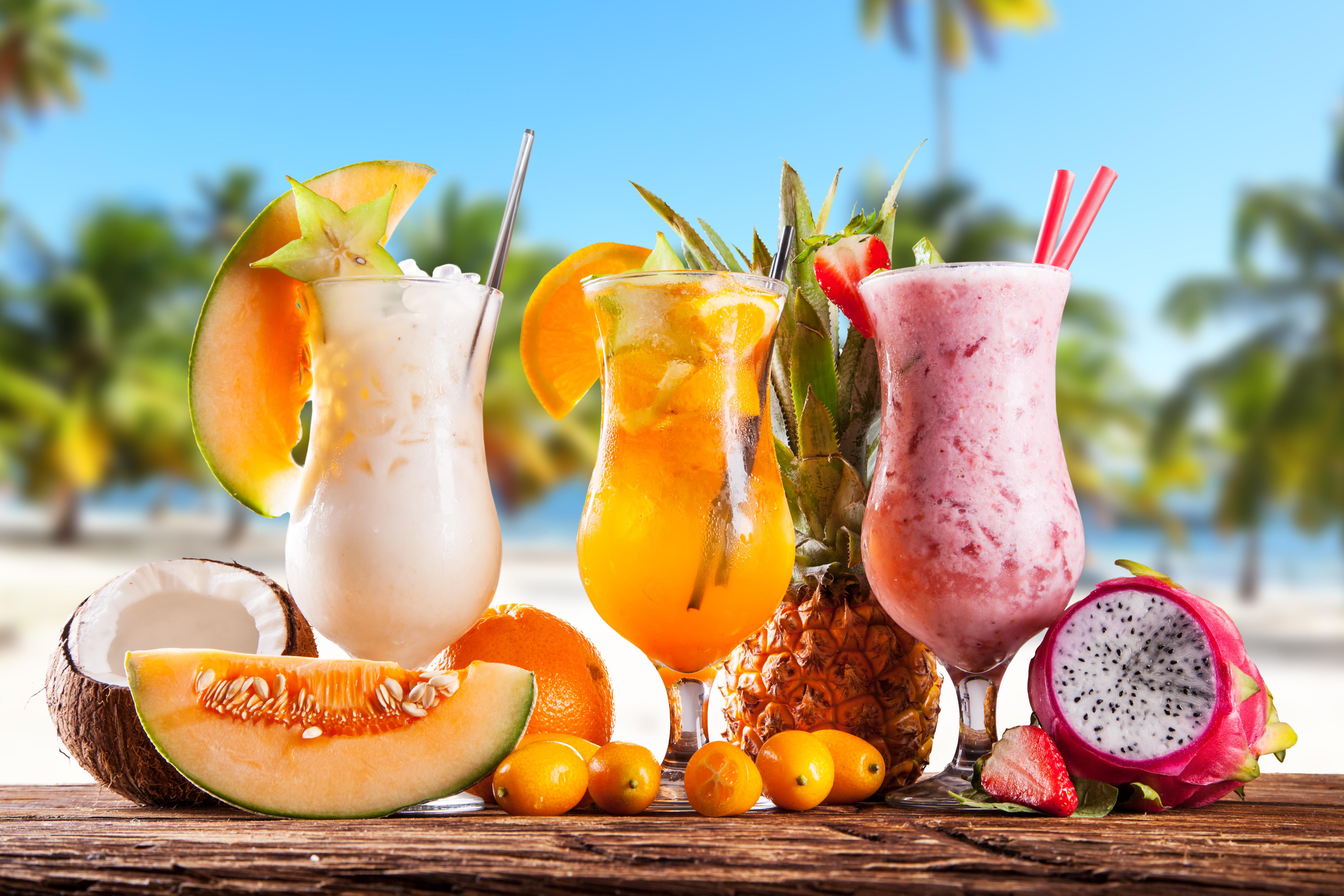 tropical-drink-fresh-fruit-3678.jpg