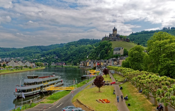 Picture forest, trees, mountains, the city, river, castle, shore, home, Germany, pier, fortress, ship, Cochem, Moselle, ...