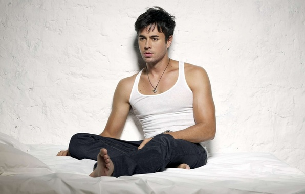 Picture male, singer, handsome, enrike iglesias