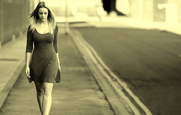 Picture the city, street, dress, gait