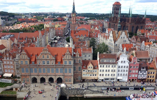 Picture the sky, people, tower, home, area, Poland, promenade, old town, Gdansk