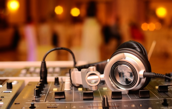 Picture macro, music, music, blur, headphones, sound, remote, party, amplifier, mixer, DJ, headphones, hi-tech, bokeh, wallpaper., …
