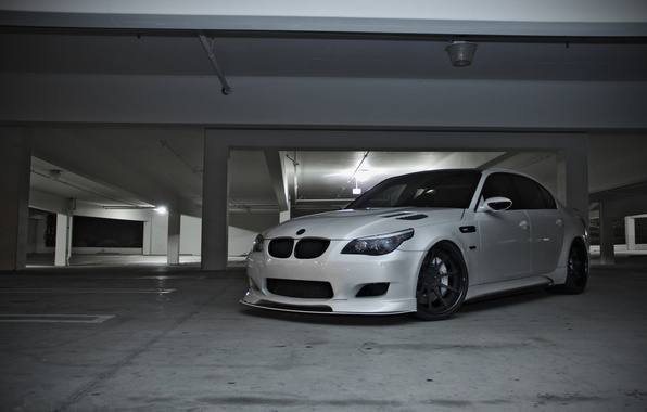 Picture white, lamp, bmw, BMW, lighting, Parking, white, front view, e60