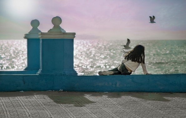 Picture birds, the ocean, seagulls, girl, Spain, promenade, Spain, Andalusia, Andalusia, Cadiz Bay, Gulf of Cadiz, …