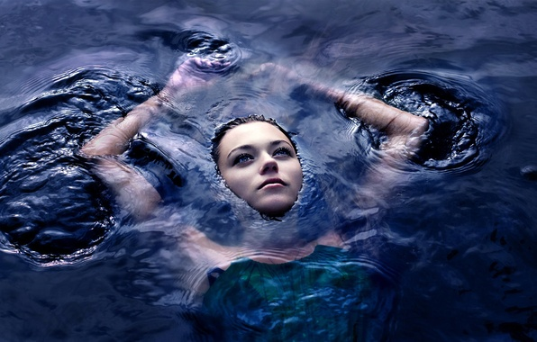 Picture GIRL, LOOK, WATER, HANDS, BROWN hair, SURFACE, FACE, ABYSS