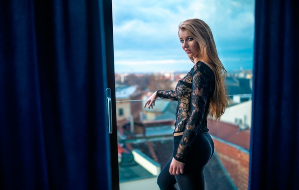 Picture ass, look, the city, figure, balcony, Life They Will Treat Guests