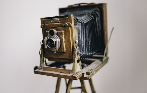 Picture camera, lens, old times