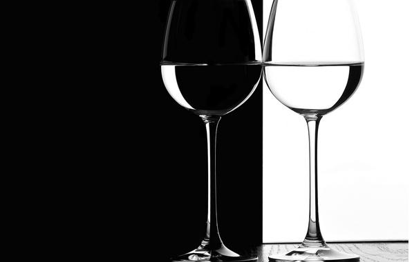 Picture tree, white, glasses, black