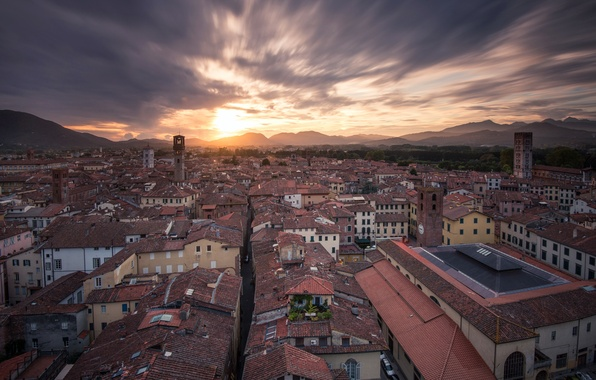 Picture Italia, Lucca, Northern Tuscany