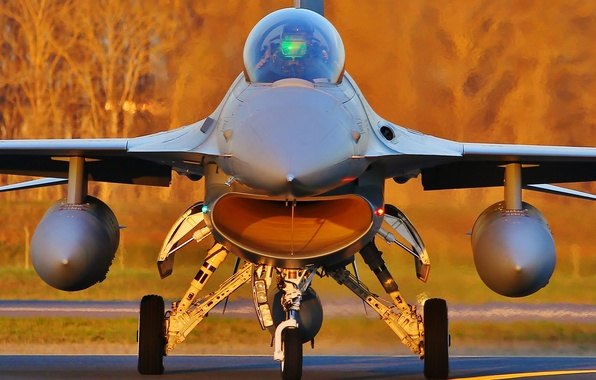 """Picture fighter, the airfield, Fighting Falcon, F-16C, """"Fighting Falcon"""""""