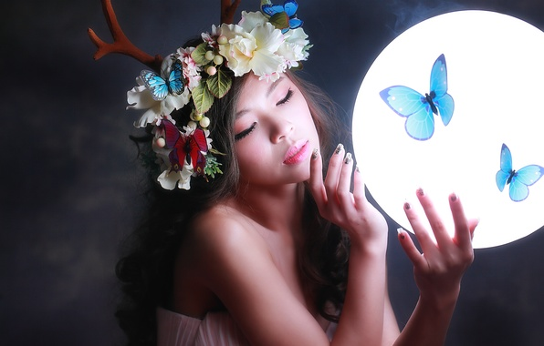 Picture girl, light, butterfly, flowers, face, background, hair, round, makeup, horns, wreath