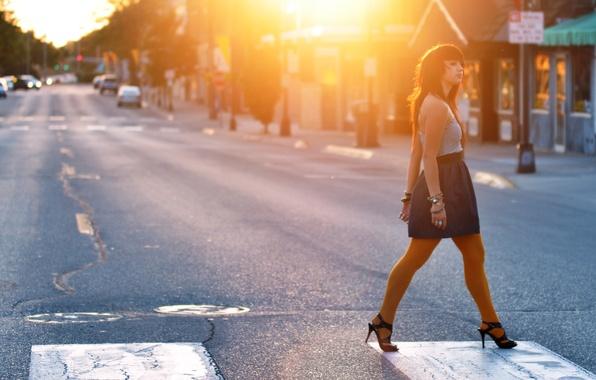 Picture road, girl, the sun, light, machine, street, home, the transition