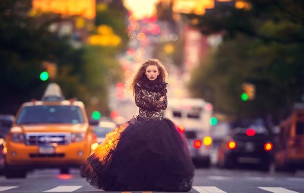 Picture machine, the city, street, girl, meg bitton