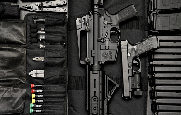 Picture Gun, Glock, carabiner, Smith & Wesson M&P 15
