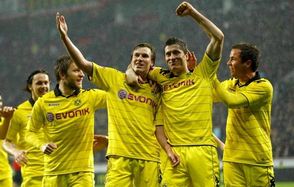 Picture Sport, Rain, Football, Form, Borussia Dortmund, Borussia Dortmund, Players, Mario Gotze, Jacob Błaszczykowski, Jakub Błaszczykowski, …
