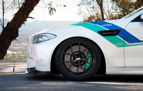 Picture white, bmw, BMW, wheel, green, white, wheels, drives, the front, bbs, f10, brake, BBC, brembo, …