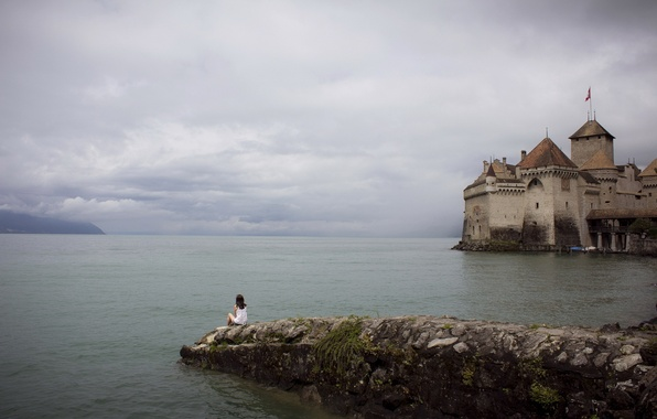Picture girl, lake, castle