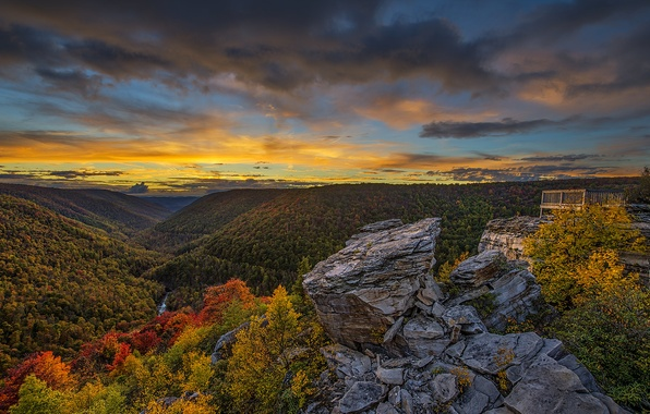 Picture the sky, clouds, trees, mountains, river, rocks, glow, lookout