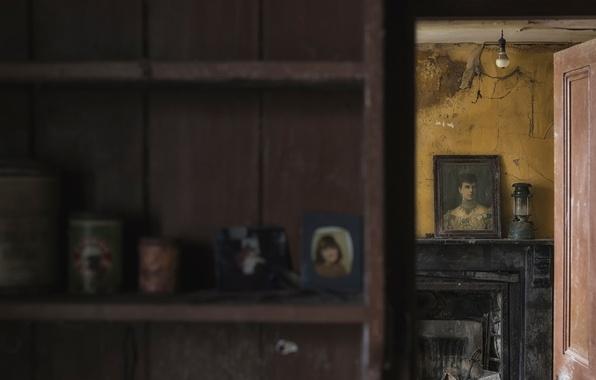 Picture room, portrait, picture, vintage, bokeh, urbanи exploration