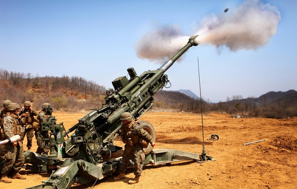 Picture field, soldiers, volley, artillery, howitzer, 155 mm, M777