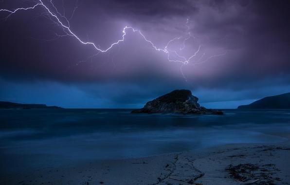 Picture sea, the storm, beach, night, nature, rock, lightning, twilight