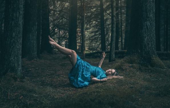 levitating girl wallpaper - photo #41