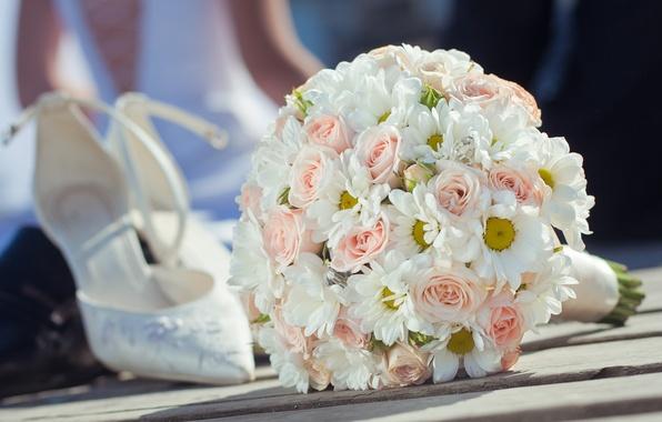 Picture flowers, bouquet, wedding, flowers, shoes, bouquet, roses, wedding