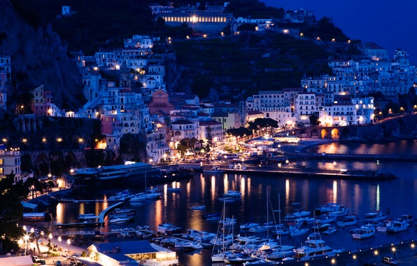 Picture sea, mountains, night, lights, rocks, coast, home, yachts, boats, lights, Italy, piers, Sorrento, Positano
