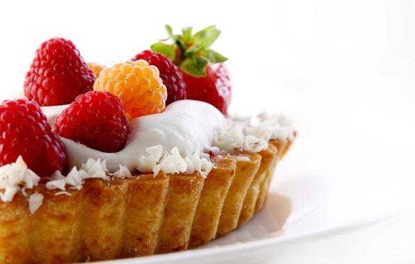 Picture raspberry, strawberry, plate, cake, cream, dessert, sweet