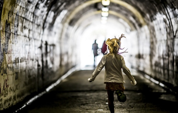 Picture the tunnel, running, girl, the tunnel