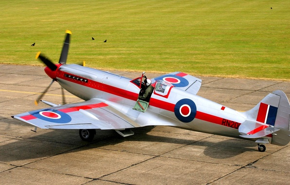 Picture pilot, the plane, British, airfield, readiness to take off, Supermarine Spitfire Mk.XIV, speed fighter