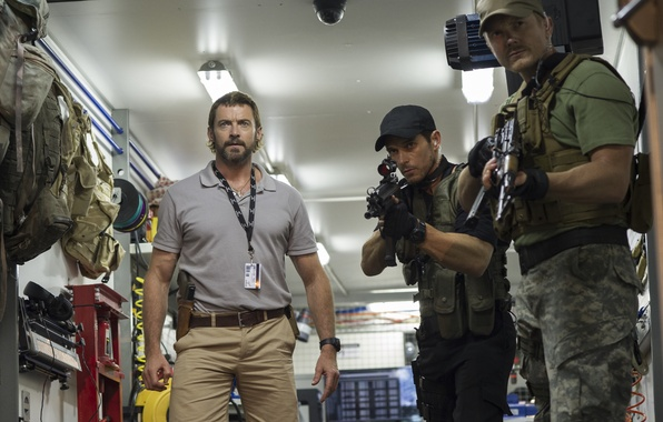 Picture weapons, Hugh Jackman, Hugh Jackman, fighters, Chappie, The robot named Chappy