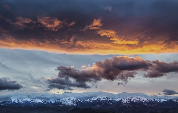 Picture the sky, clouds, snow, landscape, mountains, tops, the evening, Italy, haze, The Apennines