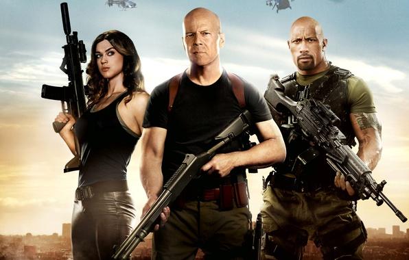 Picture Bruce Willis, Bruce Willis, Dwayne Johnson, Dwayne Johnson, Roadblock, Lady Jaye, G.I. Joe: Retaliation, G. …