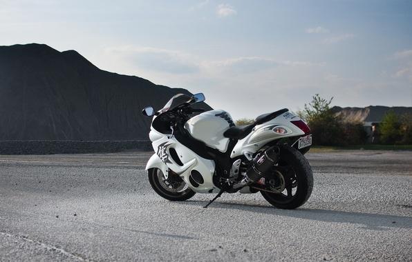Wallpaper road, mountains, white, rear view, Suzuki ...  Wallpaper road,...