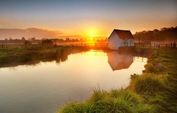 Picture grass, sunset, lake, house, pond, reflection, the fence, the evening, village