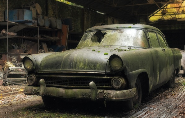 Picture Ford, abandoned, Fairlane